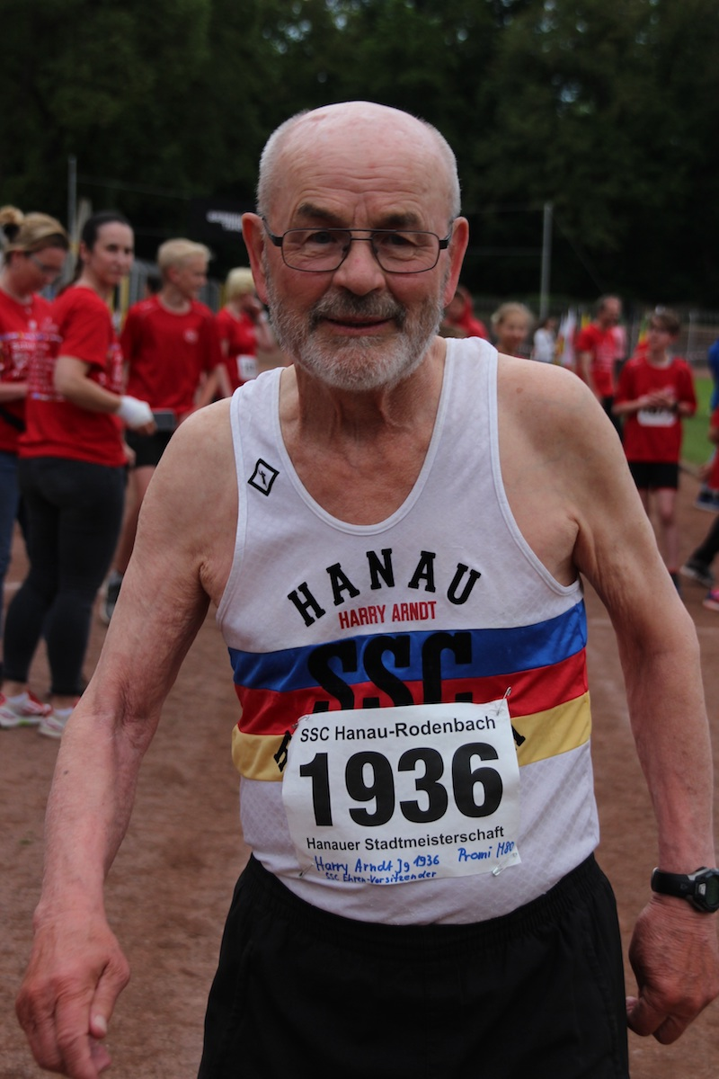 Ehrenplakette der Gemeinde Rodenbach für Harry Arndt